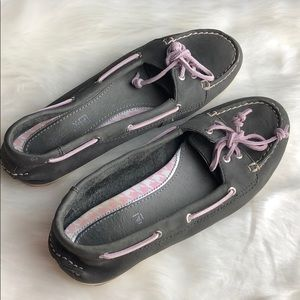 PURPLE SPERRY BOAT SHOES